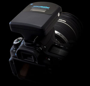 Simply snap CameraMator into the hot shoe of your Canon or Nikon DSLR.