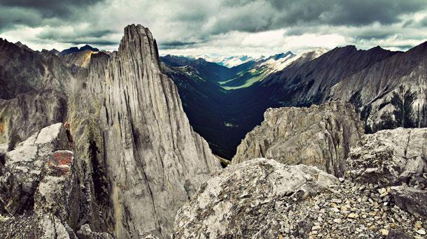 Mount Edith | Jonathan Coe
