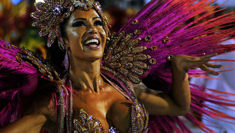Samba Fever Portfolio — Covering the Carnaval do Rio