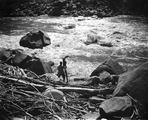 "Photos at all costs: On their trip on the canyon's Colorado River, Emery and Ellsworth Kolb intentionally took faster rapids to get movie images as spectacular as possible. Ellsworth even told his brother, ""If I capsize, just keep on shooting."" 