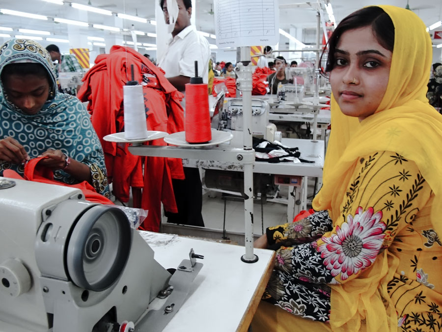 garment industries of bangladesh About garment industry of bangladesh the readymade garments industry acts as a catalyst for the development of bangladesh the made in bangladesh tag has also brought glory for the country, making it a prestigious brand across the globe.