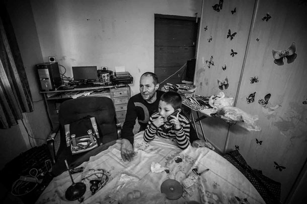 documenting squatters rome lorenzo moscia 11 Europes New Poverty: Documenting Squatters in Rome