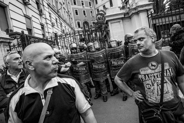 documenting squatters rome lorenzo moscia 18 Europes New Poverty: Documenting Squatters in Rome