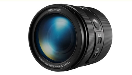 Upping the APS-C Mirrorless Ante — Samsung's New 16-50mm F2-2.8 Premium Lens